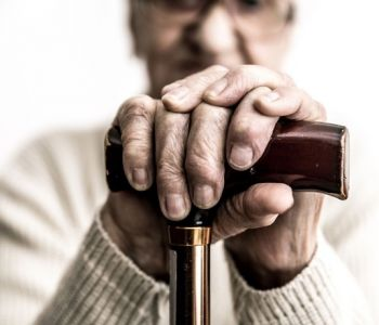 É legal o reajuste de seguro de vida por faixa etária após completos 60 anos de idade