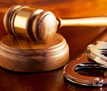 Pedido de habeas corpus não tranca ação penal sem comprovação de vícios na denúncia