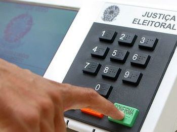 Partido consegue afastar responsabilidade por débitos trabalhistas contraídos por candidato