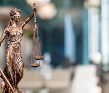Banco é isento de pagar dano moral a empresa vítima de fraude praticada por irmã das sócias