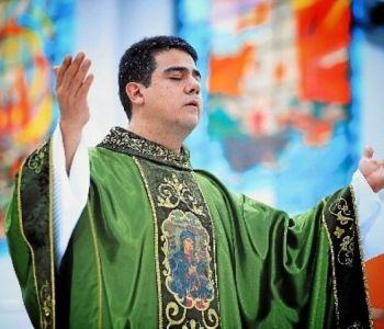 Suspeita de ilegalidade das provas leva ministro a suspender ação penal contra padre Robson